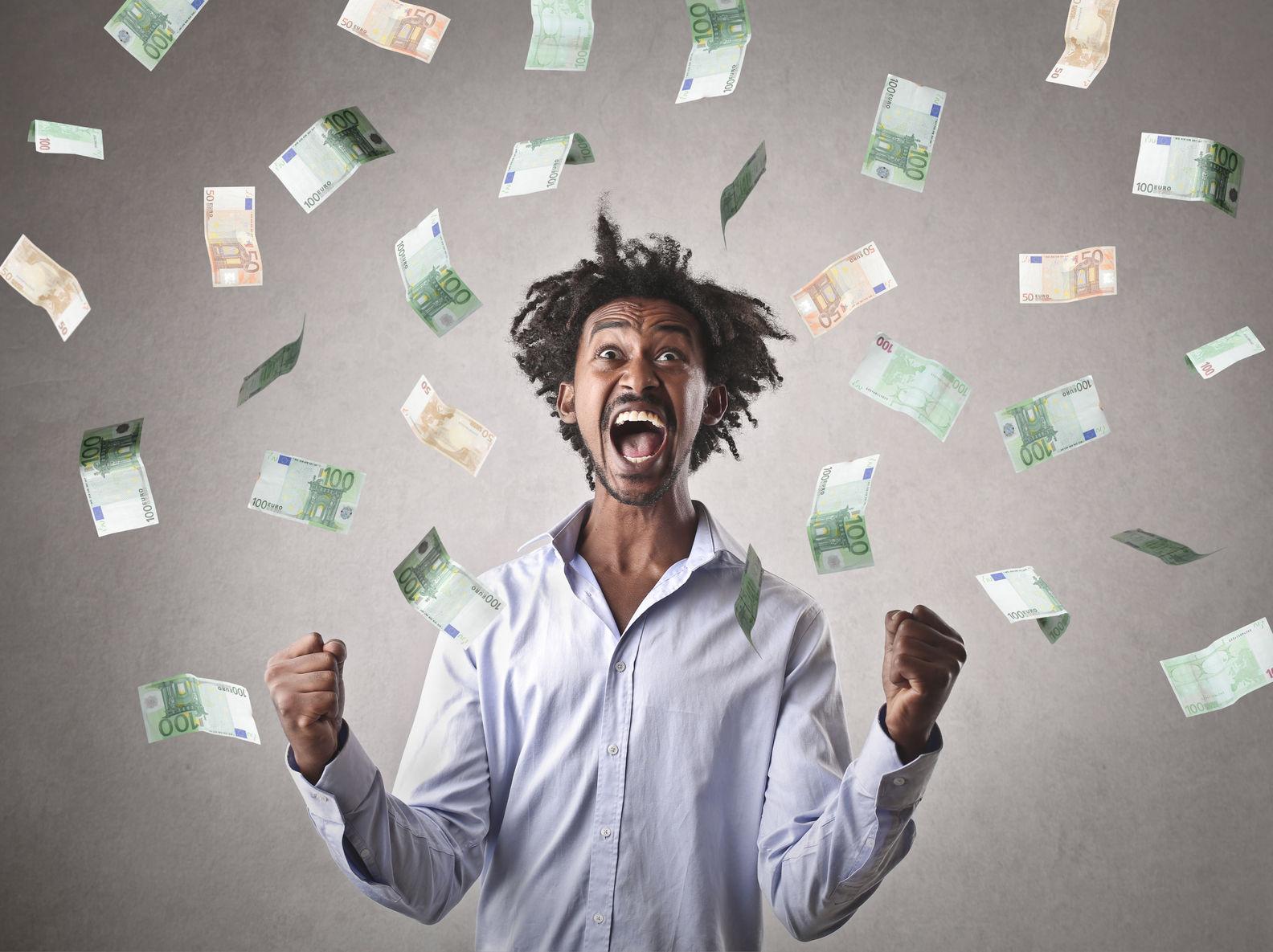 Pieniądz. U progu nowego żywiołu